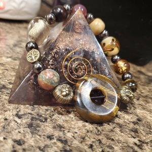 Handmade crystal beaded agate bracelet